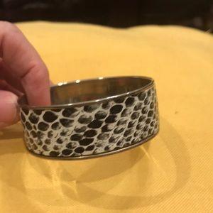 Snake skin design bangle bracelet